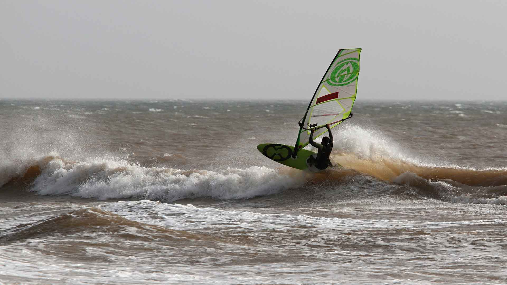 Windsurf à Moulay Bouzerktoun